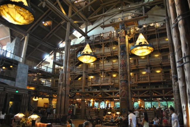 Inside The Lobby At Disney Hotel Wilderness Lodge Big Lights Lots Of People